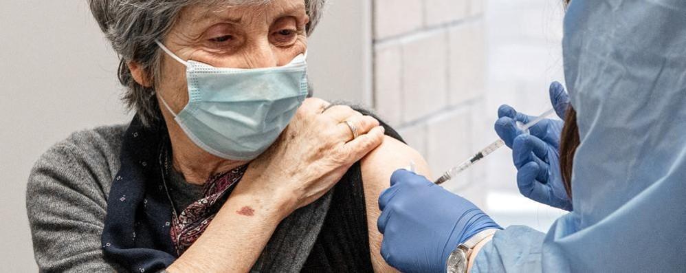 Covid: in Italia 9.789 casi e 358 morti,  a Como 28 positivi  67 a Lecco e 36 a Sondrio