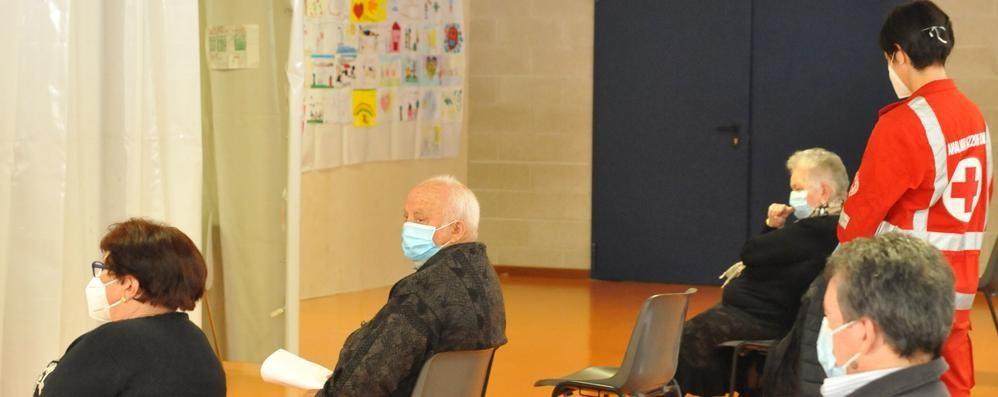 Vaccinazioni a Chiavenna  «Nessuna paura di Asta Zeneca»