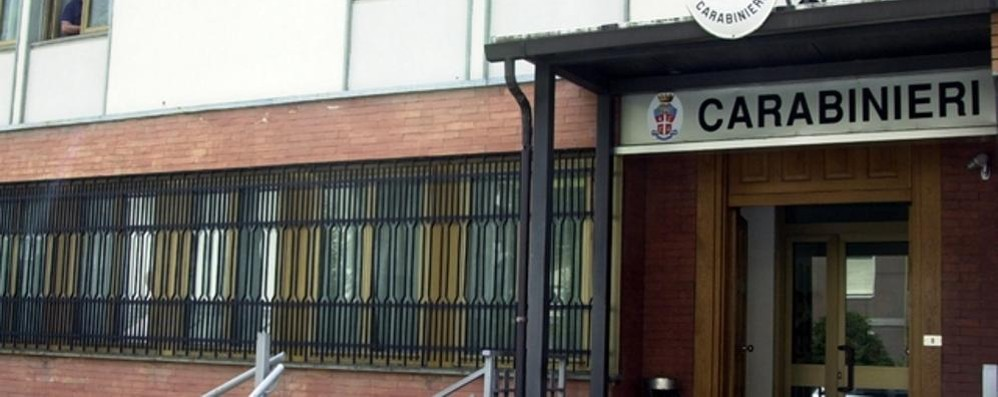 Falsi manifesti funebri  e pesanti accuse all'avvocato  Chiavenna, indagano i carabinieri