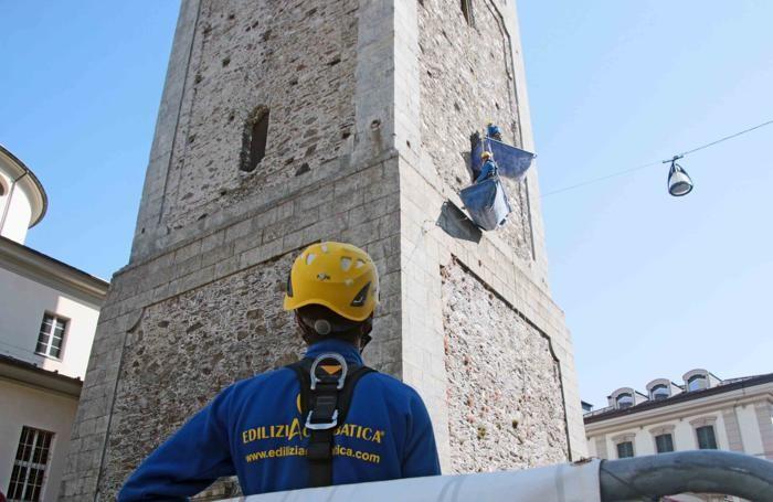 Sondrio pulizia campanile edilizia acrobatica