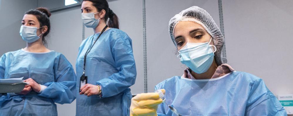 Covid:   8.864 casi e   316 morti in Italia A Como  23 positivi 40 a Lecco, 31 a Sondrio