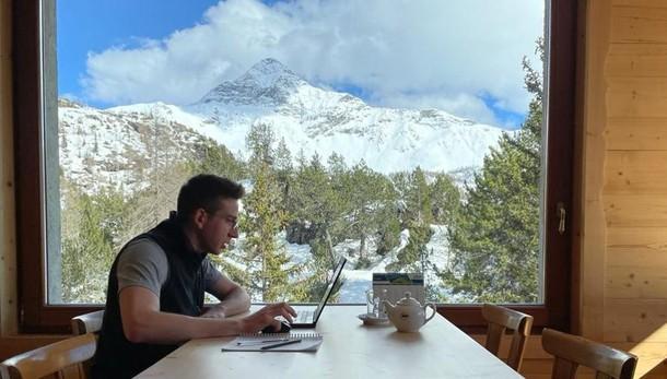 Lo smart working ideale  In un rifugio a 2.000 metri  L'idea ha funzionato