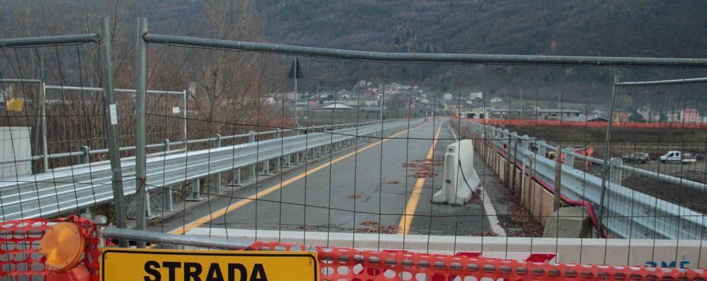 Protesta per il ponte di Traona  Le aziende: scendiamo in piazza