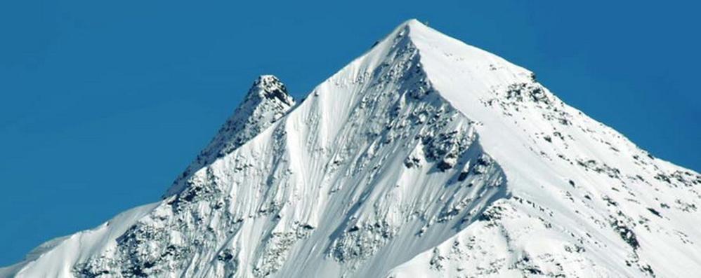 Valanga in valle dei Forni  Illesi tre scialpinisti   «Attenzione ai rischi»