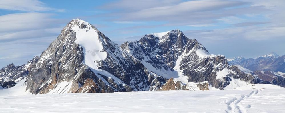 Tragedia sul Gran Zebrù  Muoiono due alpinisti  travolti da una valanga