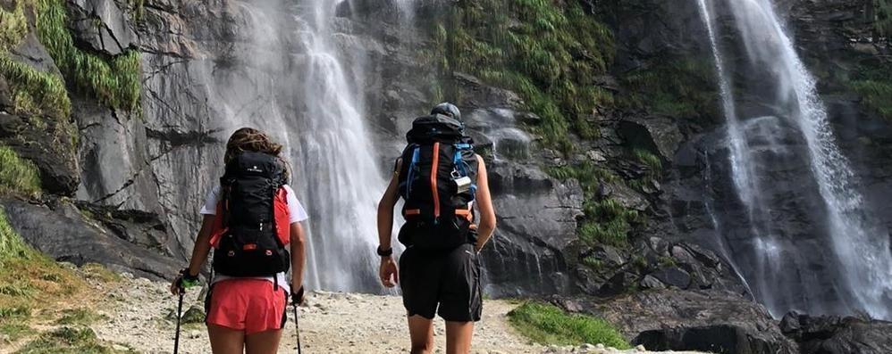 «Vaccinare da noi i turisti»  La proposta trova consensi