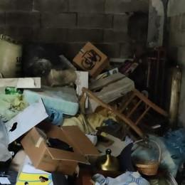 Case Aler di Sondrio  Una discarica nei garage