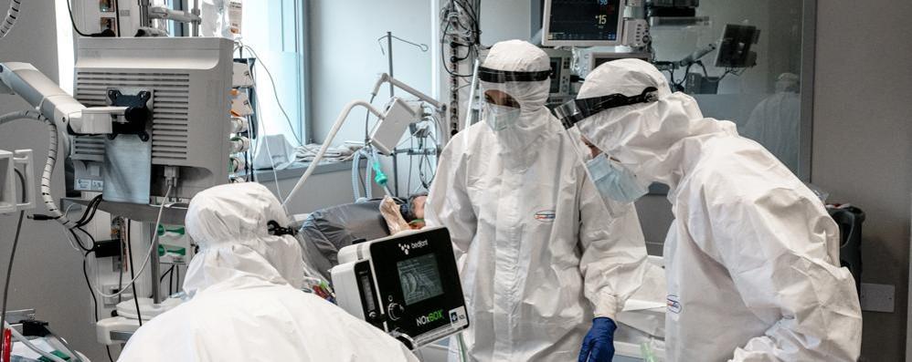 Lombardia, terapie intensive  sotto quota 100 ricoveri