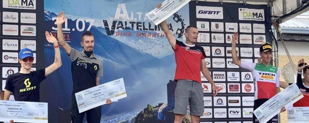 Medvedev griffa   la Bike Marathon
